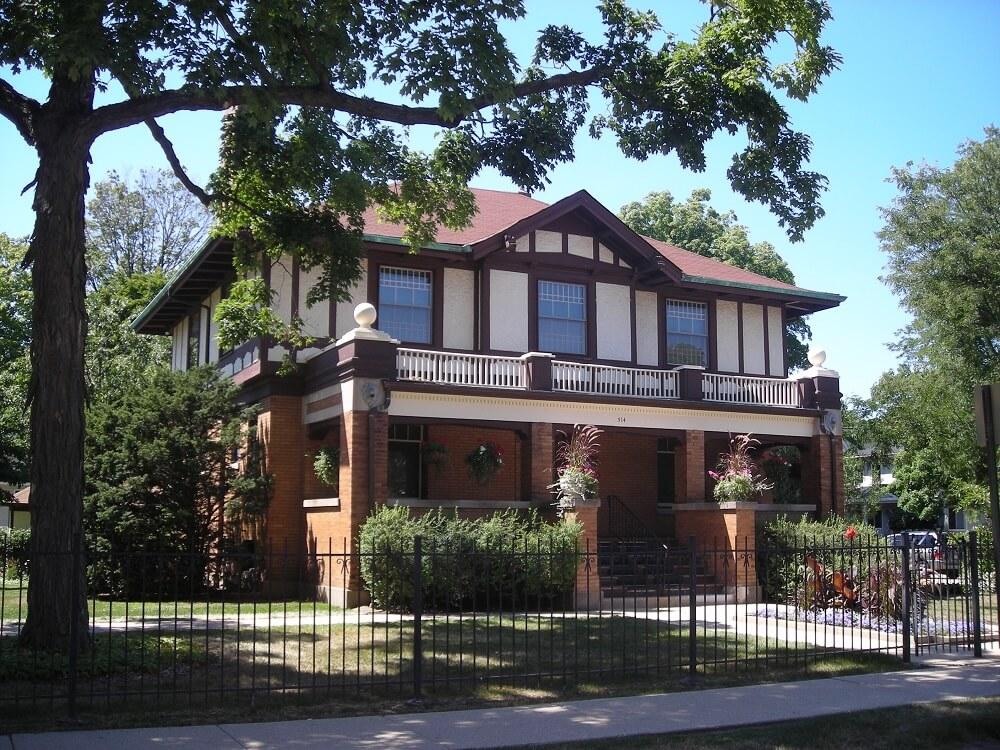 Banta, Nathaniel Moore House